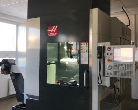 Nové 5-ti osé CNC obráběcí centrum